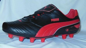 PUMA Esito Finale i FG (Black/Red)